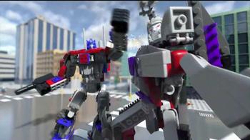 Kre-O Transformers TV Spot, 'MegaTron vs Optimus Prime Battle for Energon' - Thumbnail 4