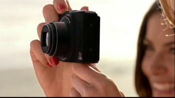 Nikon Coolpix S01 TV Spot Feating Ashton Kutcher - Thumbnail 2