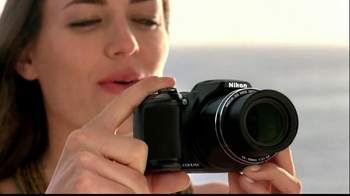 Nikon Coolpix S01 TV Spot Feating Ashton Kutcher - Thumbnail 4