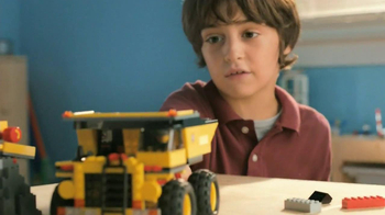 LEGO TV Spot, 'Build a Moment Together' - Thumbnail 4