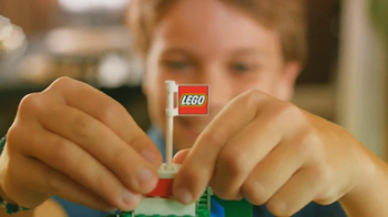 LEGO TV Spot, 'Build a Moment Together' - Thumbnail 7