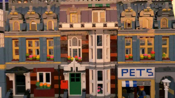 LEGO TV Spot, 'Build a Moment Together' - Thumbnail 9