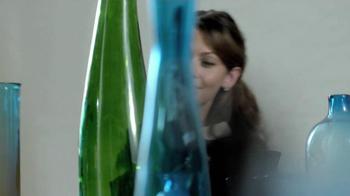 TJ Maxx, Marshalls and HomeGoods TV Spot, 'The Gifter' Featuring Olga Fonda - Thumbnail 6