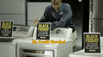 Aaron's Black Friday TV Spot, 'Preparation' - Thumbnail 7