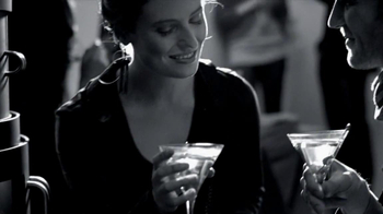 Grey Goose TV Spot, 'A Toast to the Season' Song by Eartha Kitt - Thumbnail 7