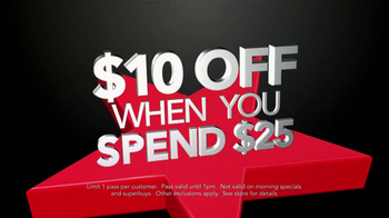 Macy's Black Friday Sale TV Spot, 'Get $10 Off' Song by Sam Johnson - Thumbnail 3