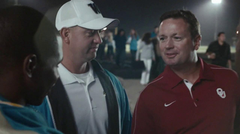 AT&T TV Spot, \'Hello!\' Featuring Bob Stoops
