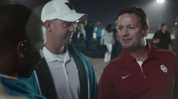 AT&T TV Spot, 'Hello!' Featuring Bob Stoops