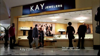 Kay Jewelers Citizen Eco-Drive Watch TV Spot, 'Santa: The Perfect Gift: Save 25 Percent on Citizen Watch' - Thumbnail 8