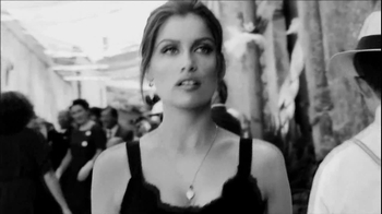 Dolce & Gabbana Frangrances TV Spot, 'Italy' Song by Mina - Thumbnail 9