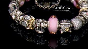Jared TV Spot 'Airport: Pandora Charm Bracelets' - Thumbnail 7