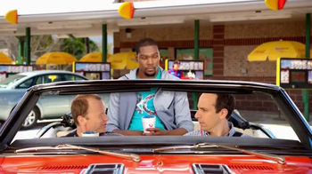 Sonic Drive-In Kevin Durant Candy Slush TV Spot, 'Dunk' Feat. Kevin Durant - Thumbnail 2