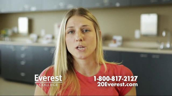 Everest College TV Spot, 'Train for a Career You Will Love' - Thumbnail 4