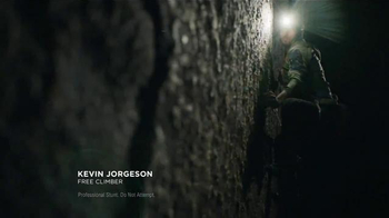 DURACELL Quantum TV Spot, 'Powering Kevin Jorgeson's Climb' - Thumbnail 3