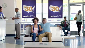 MetroPCS TV Spot, 'Unlimited Talk, Text and Data for $30 is Common Sense' - Thumbnail 4