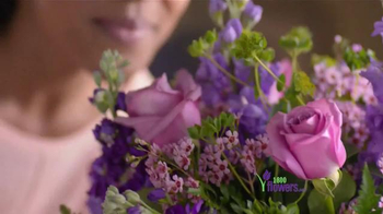 1-800-FLOWERS.COM TV Spot, 'Be the Reason Mom Feels Loved' - Thumbnail 3