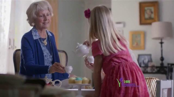 1-800-FLOWERS.COM TV Spot, 'Be the Reason Mom Feels Loved' - Thumbnail 4