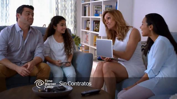Time Warner Cable Internet Económica TV Spot, 'Knock, Knock' [Spanish] - Thumbnail 6