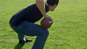 Wrangler Advanced Comfort Jeans TV Spot, 'Work Out' Featuring Drew Brees - Thumbnail 4