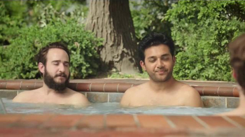 Hotwire TV Spot, 'Hot Tub Party' - Thumbnail 4