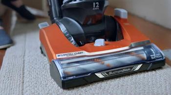 Walmart TV Spot, 'Eureka Self Cleaning Vacuum: Haircuts' - Thumbnail 6