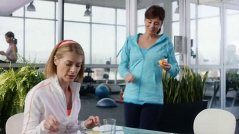 Dole Fruit Bowls TV Spot, 'Drain It or Drink It' - Thumbnail 1