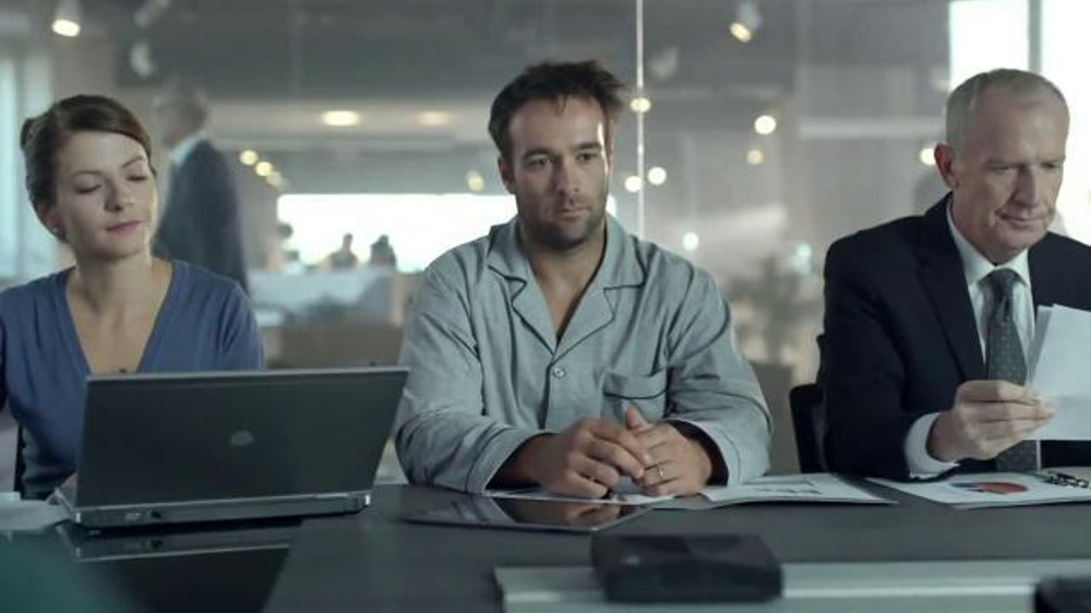 Carnation Breakfast Essentials TV Commercial, 'Pajamas'
