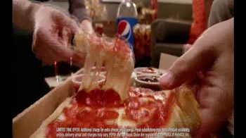 Pizza Hut Big Flavor Dipper Pizza TV Spot, 'Bigger' - Thumbnail 8
