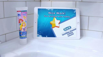 Oral-B Disney Magic Timer Toothbrush TV Spot, 'Enjoy Brushing' - Thumbnail 8