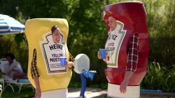 Heinz Yellow Mustard TV Spot, 'Ketchup's Got a New Mustard: Backyard BBQ' - Thumbnail 2