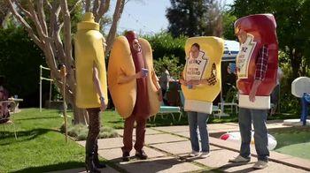 Heinz Yellow Mustard TV Spot, 'Ketchup's Got a New Mustard: Backyard BBQ' - Thumbnail 7