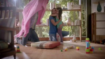 Snuggle Fresh Spring Flowers TV Spot, 'Suave Como un Abrazo' [Spanish] - Thumbnail 5