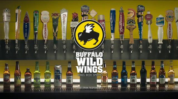 Buffalo Wild Wings TV Spot, 'Beeeeeeer' Featuring Steve Rannazzisi - Thumbnail 6
