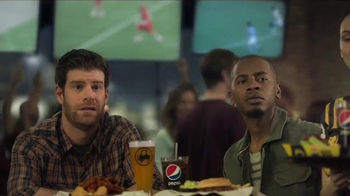 Buffalo Wild Wings TV Spot, 'Karate' Featuring Steve Rannazzisi - Thumbnail 3