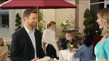 Jared TV Spot, 'Holiday Charms' - Thumbnail 8