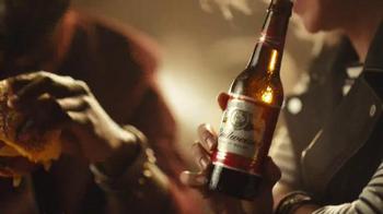 Budweiser TV Spot, 'Buds & Burgers' Song by DJ Sliink - Thumbnail 6