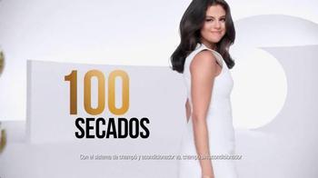 Pantene Pro-V TV Spot, 'Secador de cabello' con Selena Gomez [Spanish] - Thumbnail 7