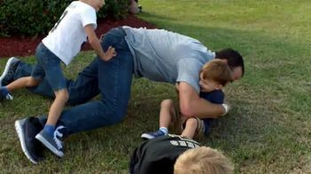 Wrangler Advanced Comfort Jeans TV Spot, 'Kid Tackle' Featuring Drew Brees