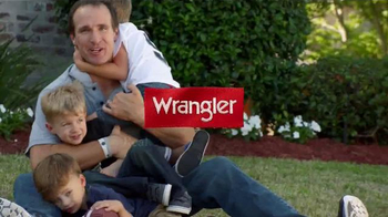 Wrangler Advanced Comfort Jeans TV Spot, 'Kid Tackle' Featuring Drew Brees - Thumbnail 7