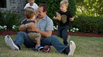 Wrangler Advanced Comfort Jeans TV Spot, 'Kid Tackle' Featuring Drew Brees - Thumbnail 5