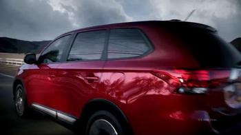 2016 Mitsubishi Outlander TV Spot, 'Change' - Thumbnail 5