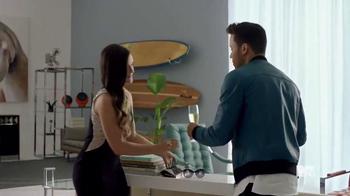 Orbit TV Spot '2015 MTV VMAs' Featuring Prince Royce - Thumbnail 4