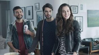 Tecate Light TV Spot, 'Born Bold: Apartment' - Thumbnail 5