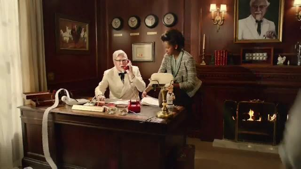 KFC Family Fill Up TV Commercial, 'Busy People' Featuring Norm Macdonald