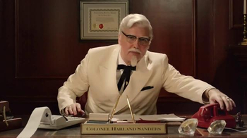 KFC Family Fill Up TV Spot, 'Busy People' Featuring Norm Macdonald - Thumbnail 1