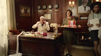 KFC Family Fill Up TV Spot, 'Busy People' Featuring Norm Macdonald - Thumbnail 4