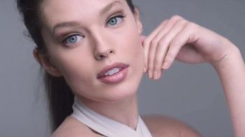 Maybelline New York SuperStay Better Skin TV Spot, 'Fast-Paced Life' - 4836 commercial airings