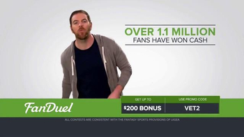 FanDuel Fantasy Football One-Week Leagues TV Spot, 'Get off the Sidelines' - Thumbnail 2