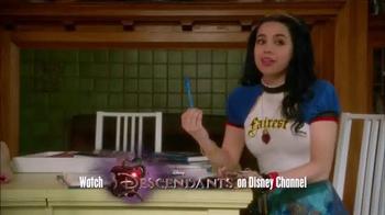 Disney Style Descendants D-Signed Collection TV Spot, 'Fashion Moment' - Thumbnail 2