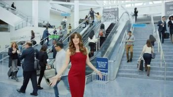 Capital One Venture Card TV Spot, 'Ticked Off Traveler' Ft. Jennifer Garner - Thumbnail 2